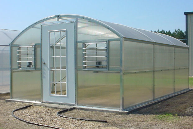 Curved Polycarbonate Greenhouses