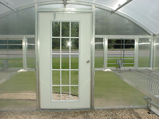 Curved Eave Polycarbonate Greenhouses